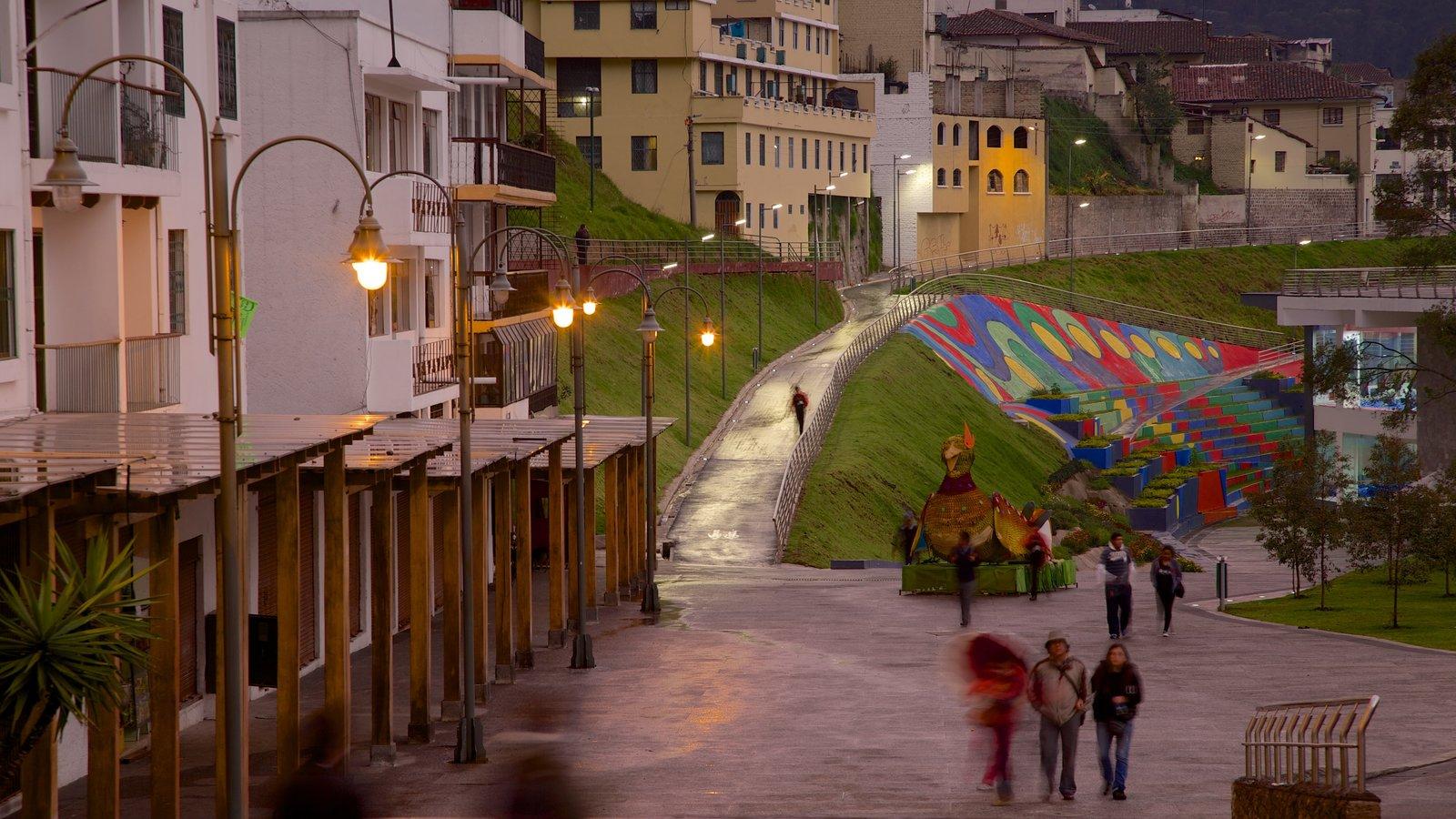 Quito caracterizando elementos de patrimônio