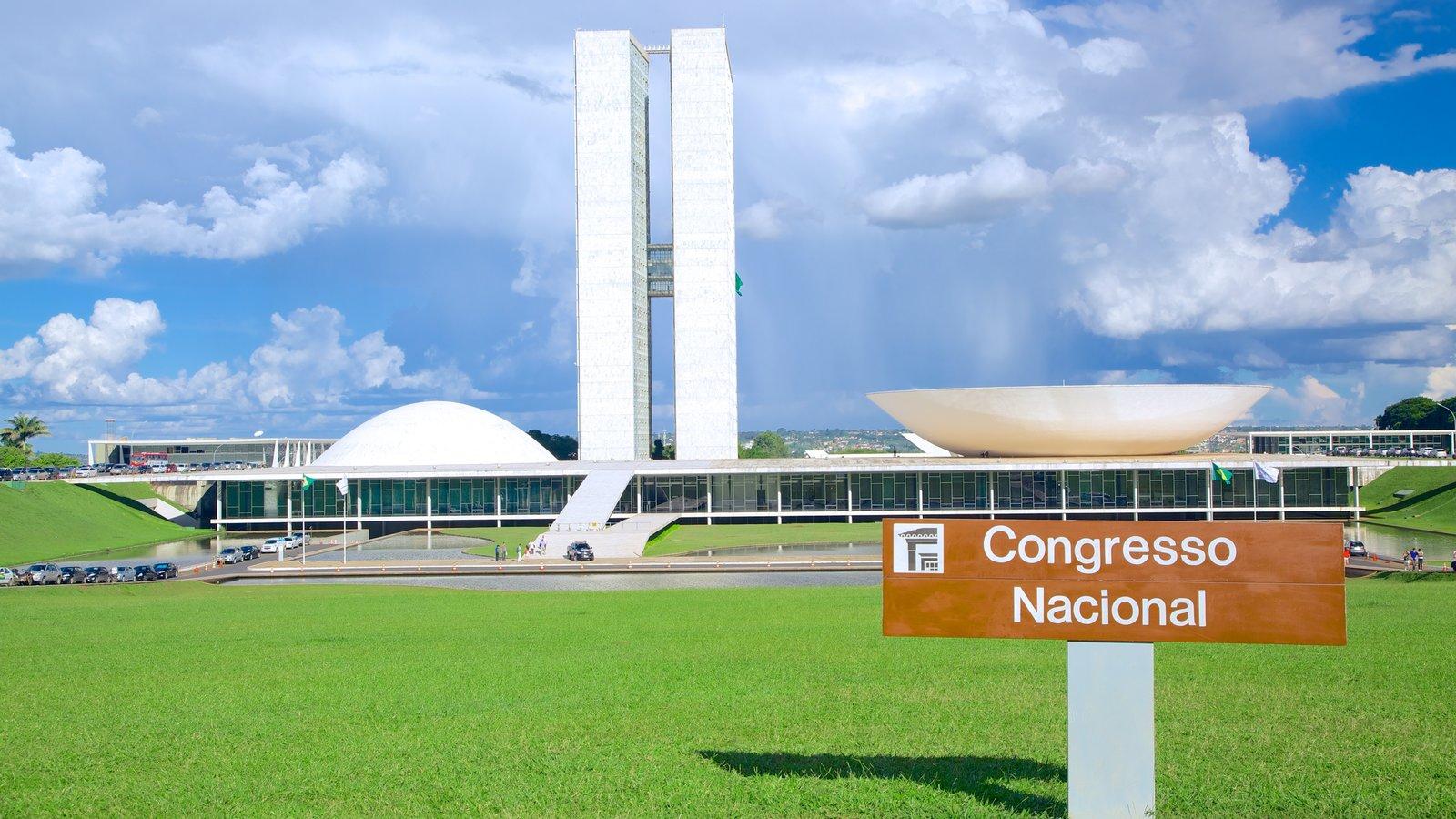 Congresso Nacional do Brasil caracterizando sinalização e arquitetura moderna