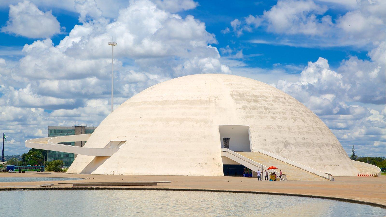 Museu Nacional da República que inclui arquitetura moderna