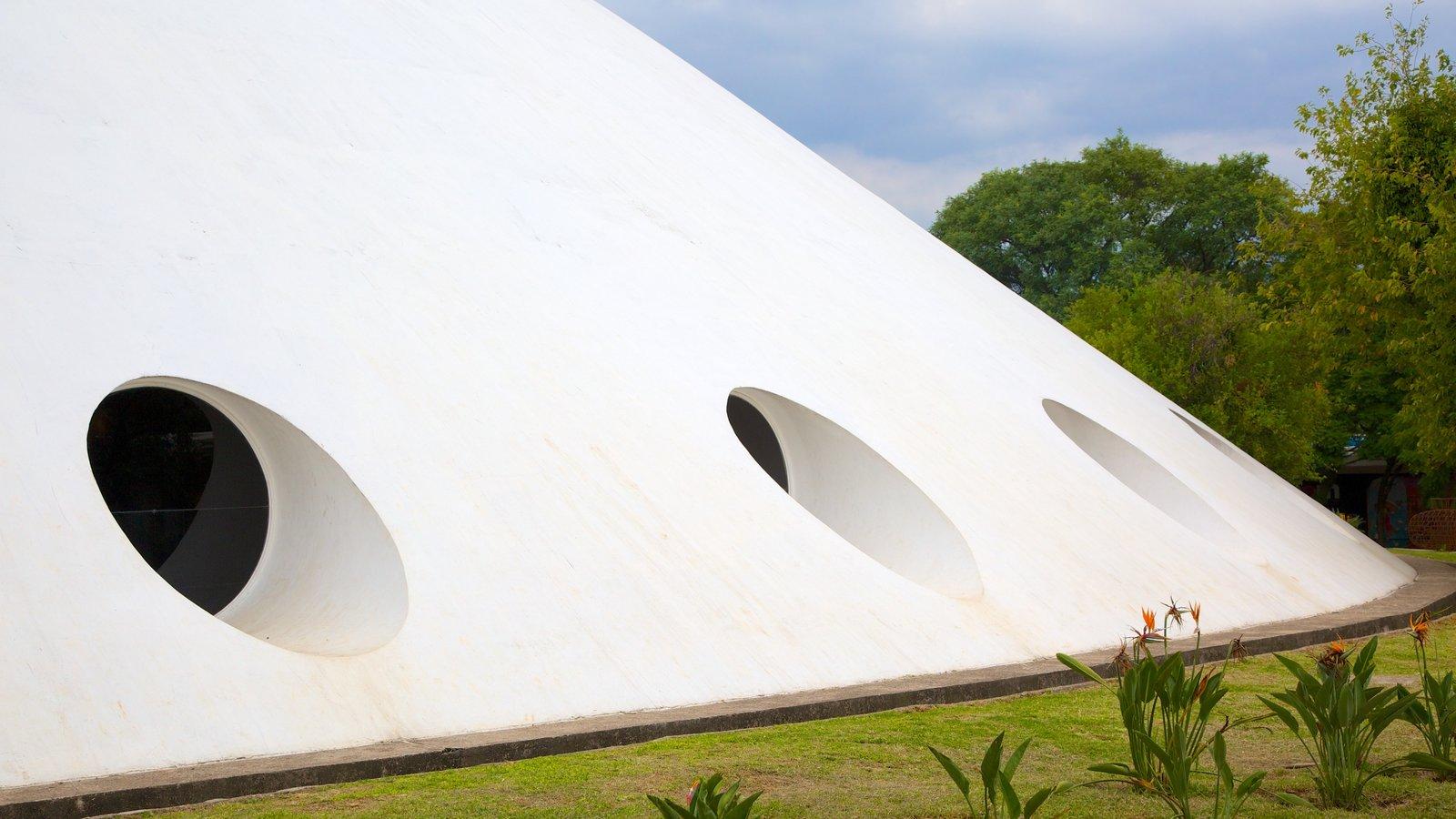 Parque do Ibirapuera caracterizando arquitetura moderna