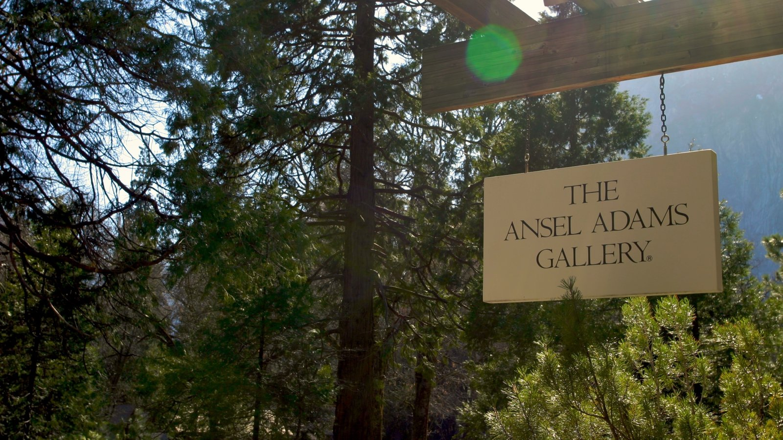 Yosemite Valley que inclui sinalização