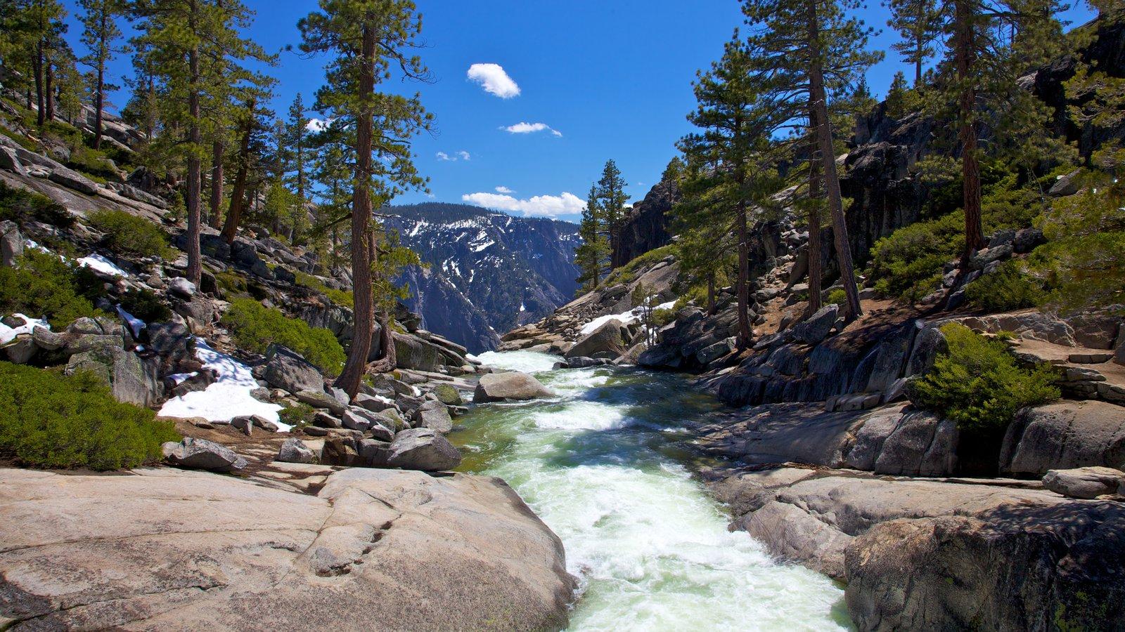 Salto Yosemite mostrando rápidos