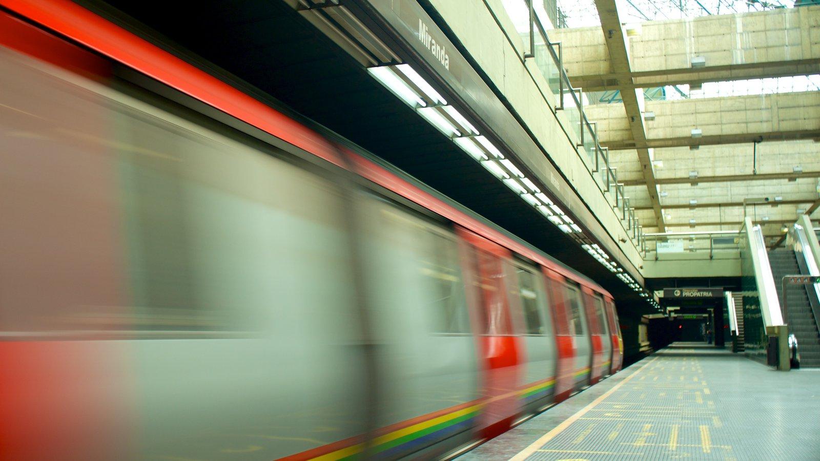 Caracas mostrando itens de ferrovia