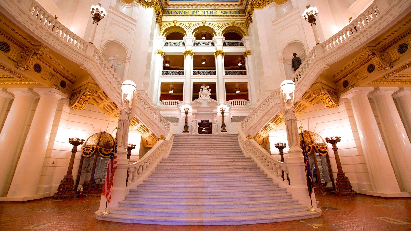 Pennsylvania State Capitol mostrando un edificio administrativo, vistas interiores y un castillo