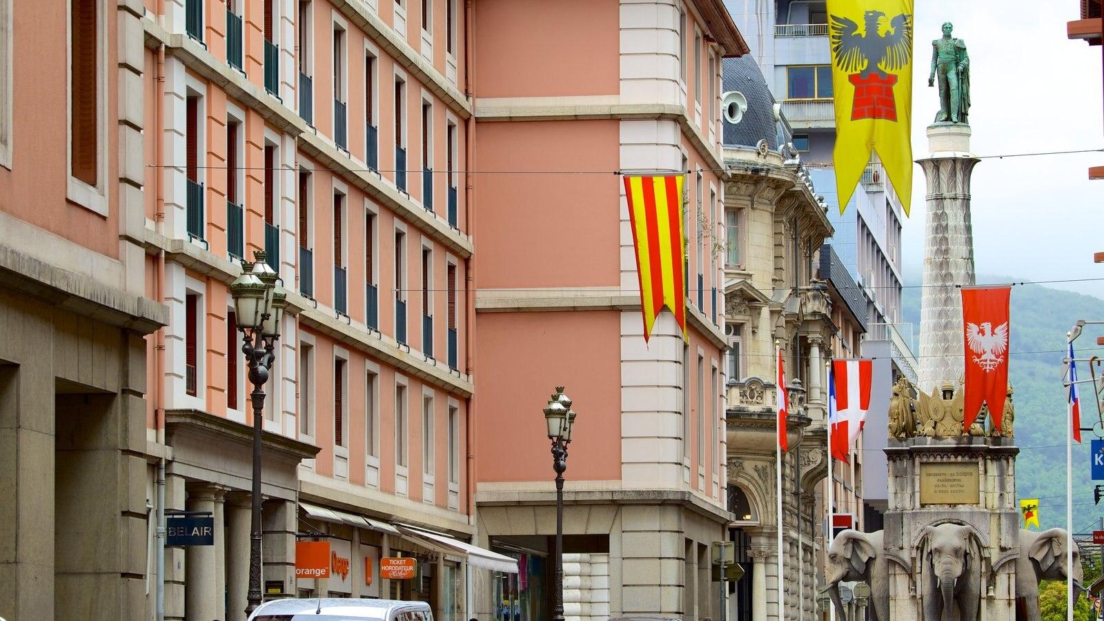 Chambery mostrando arquitetura de patrimônio e um edifício administrativo