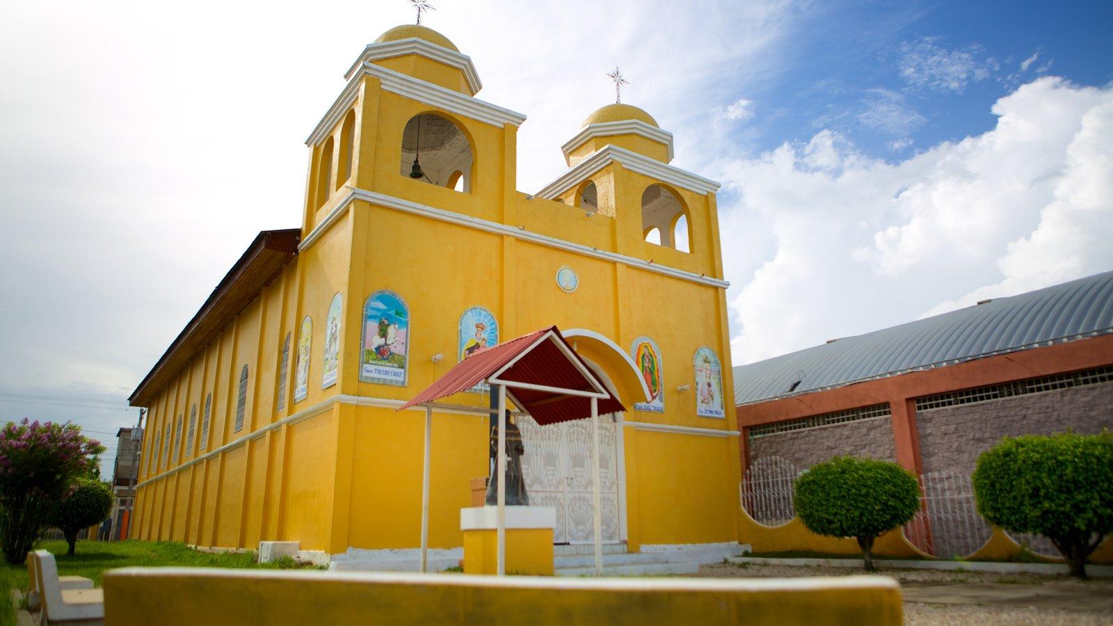 Santa Elena mostrando uma igreja ou catedral, arquitetura de patrimônio e aspectos religiosos
