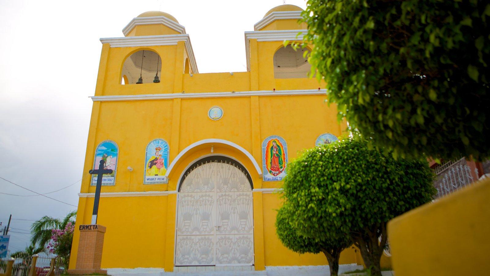 Santa Elena que inclui aspectos religiosos, uma igreja ou catedral e arquitetura de patrimônio