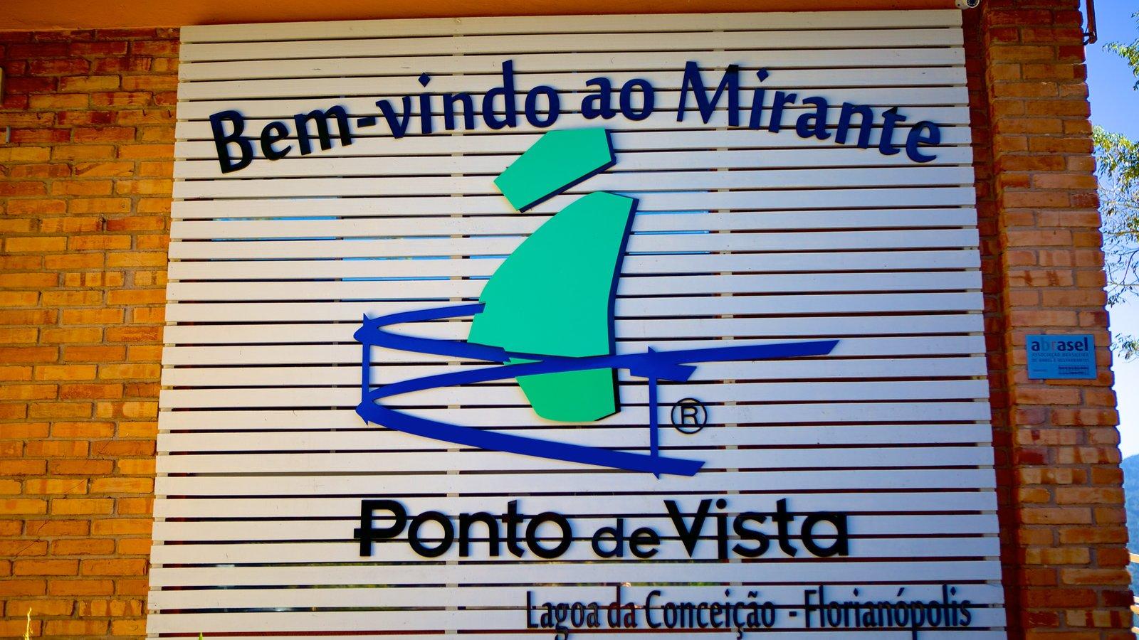 Praia Mole mostrando sinalização