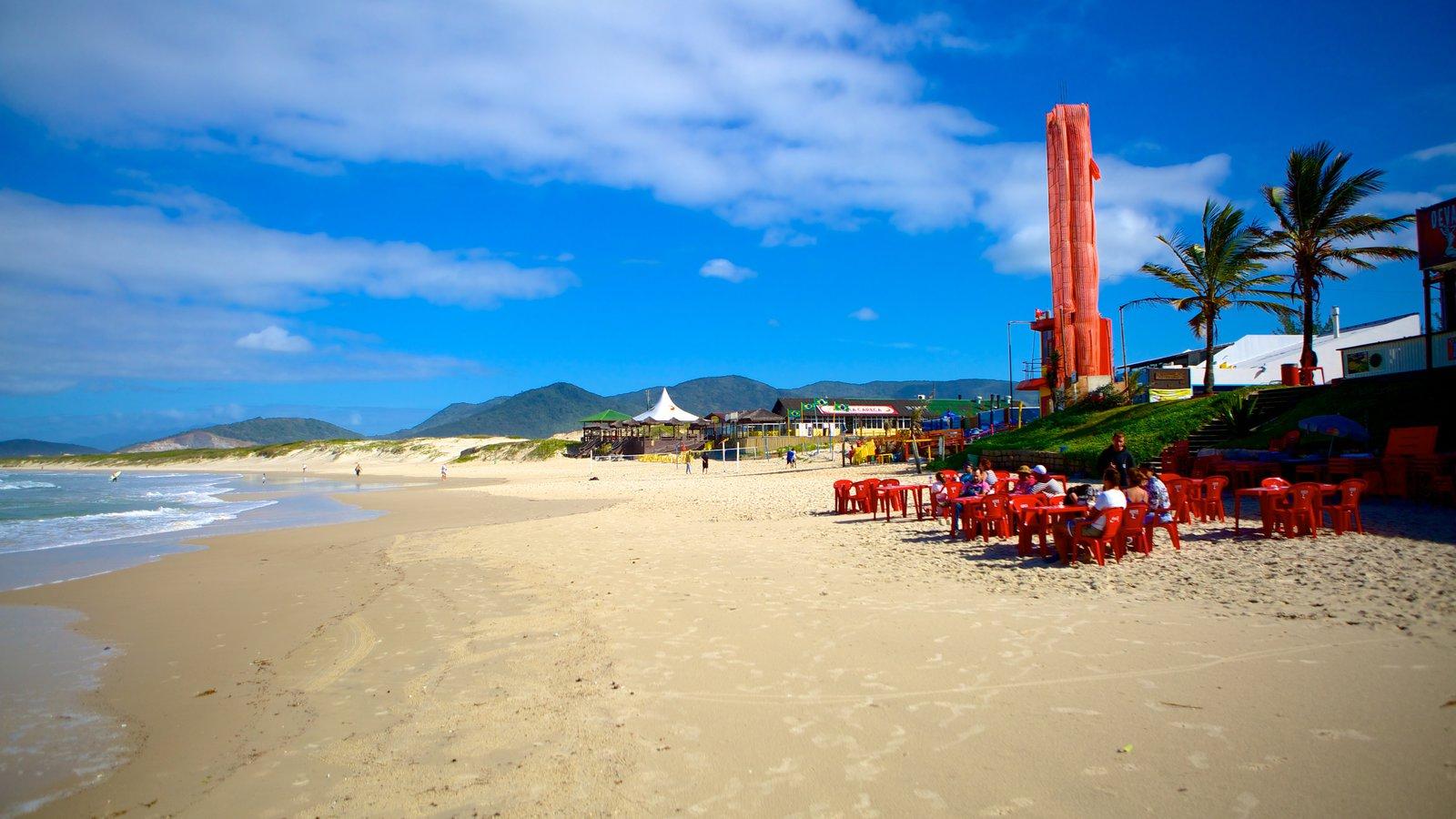 Praia da Joaquina que inclui uma praia