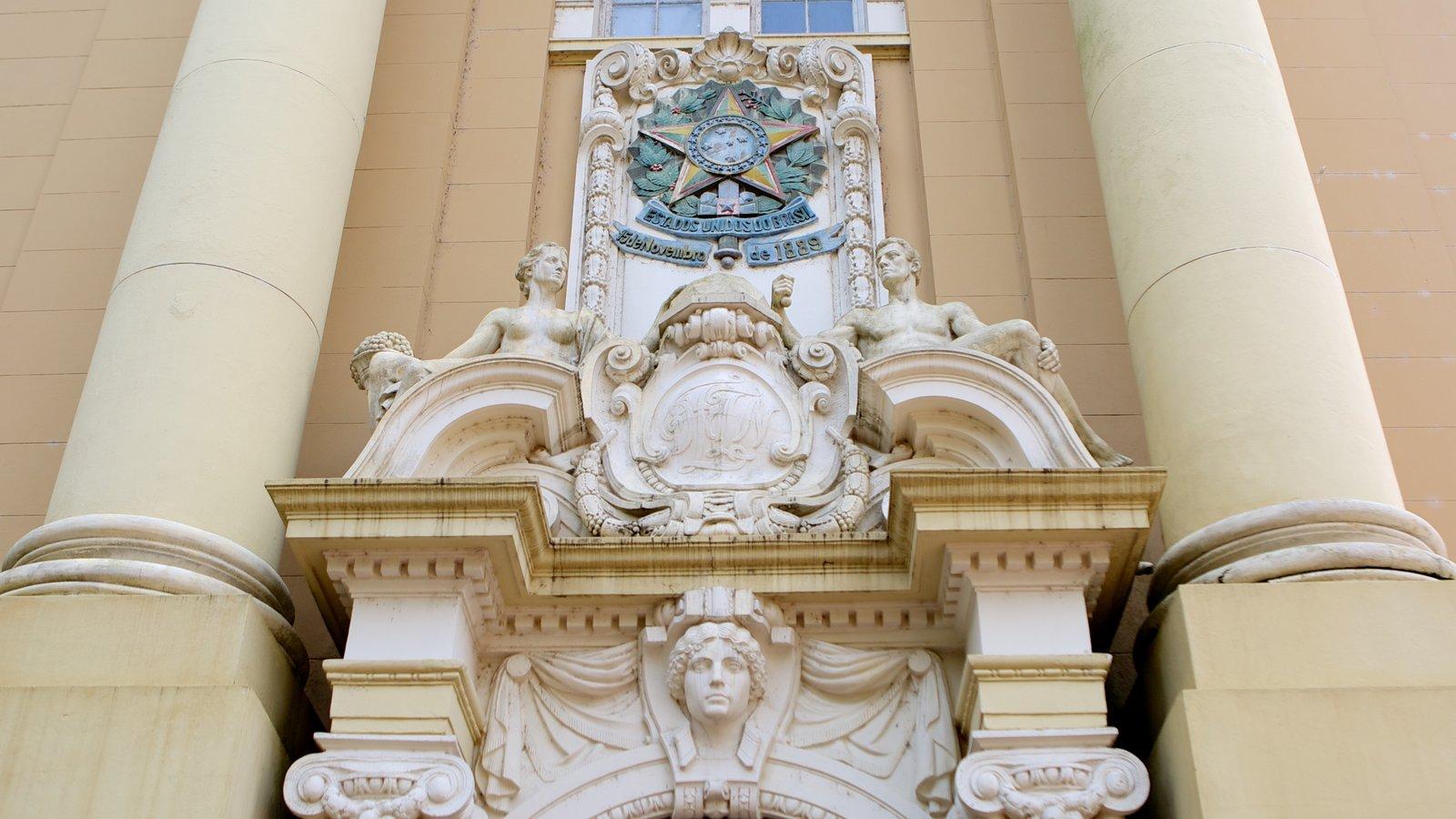 Museu de Arte do Rio Grande do Sul caracterizando arquitetura de patrimônio
