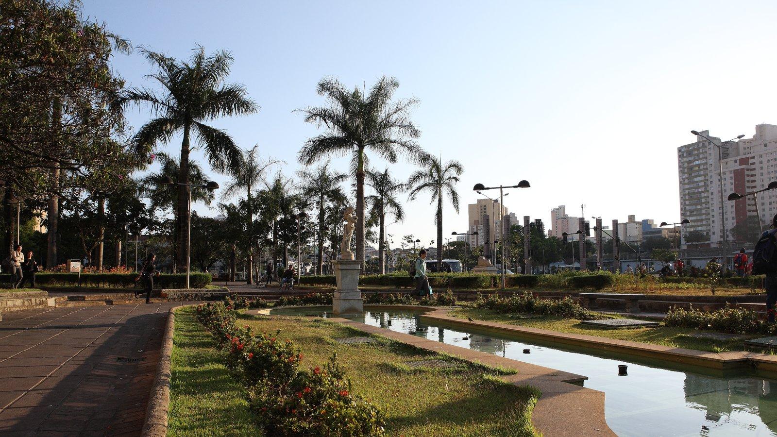 Belo Horizonte que inclui um jardim