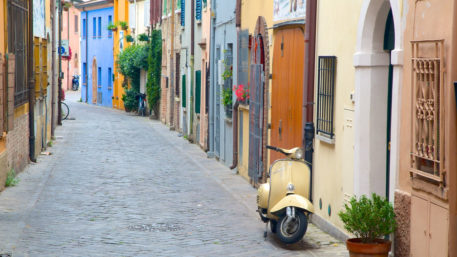 видео футаж с курортом римини-италия