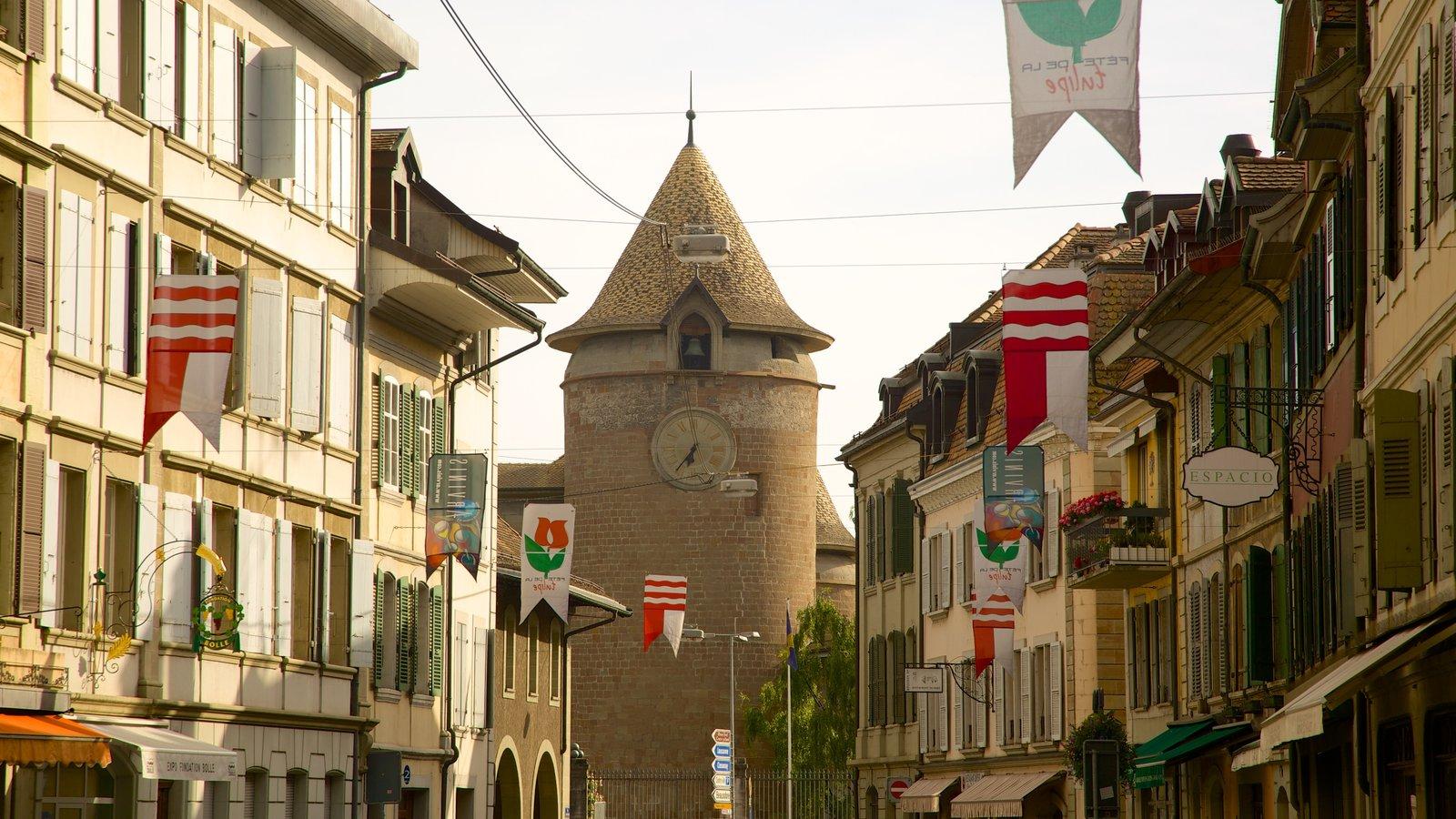 Morges mostrando uma igreja ou catedral e cenas de rua