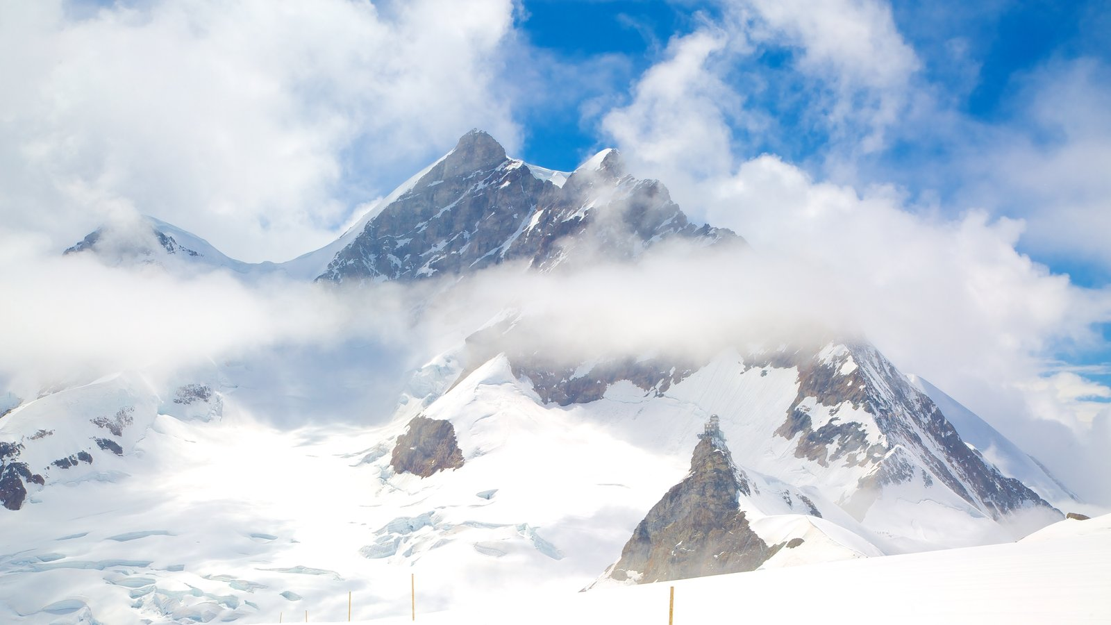 Jungfraujoch which includes mountains and snow
