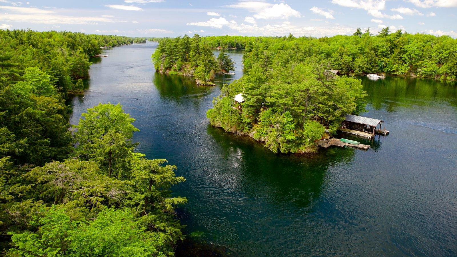 St. Lawrence Islands National Park caracterizando um rio ou córrego