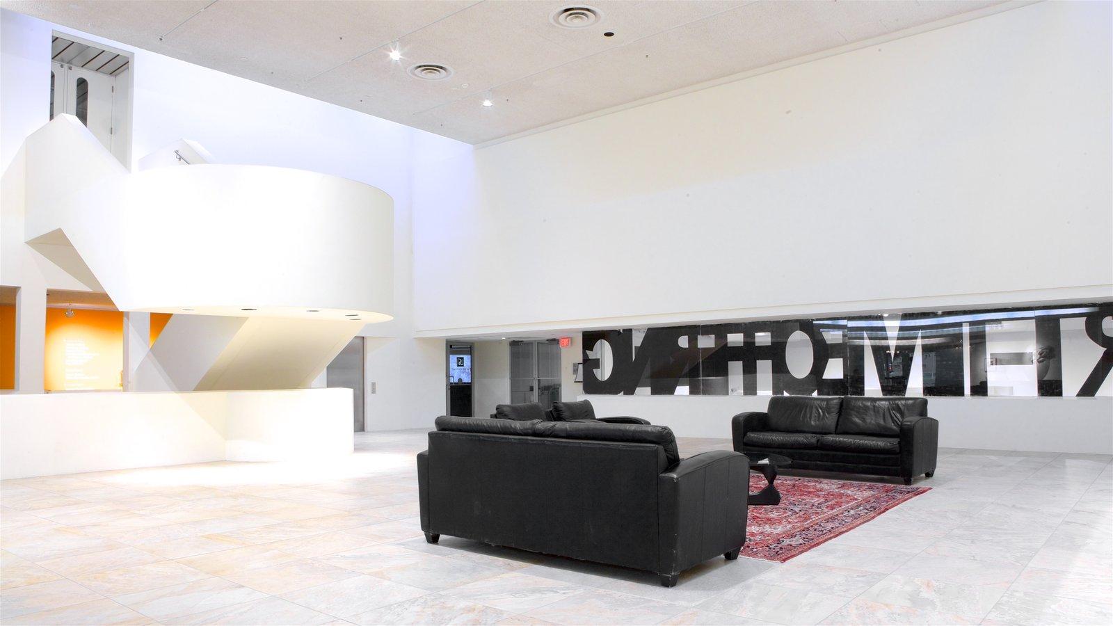 Museo de London, London, Ontario, Canadá ofreciendo vistas interiores