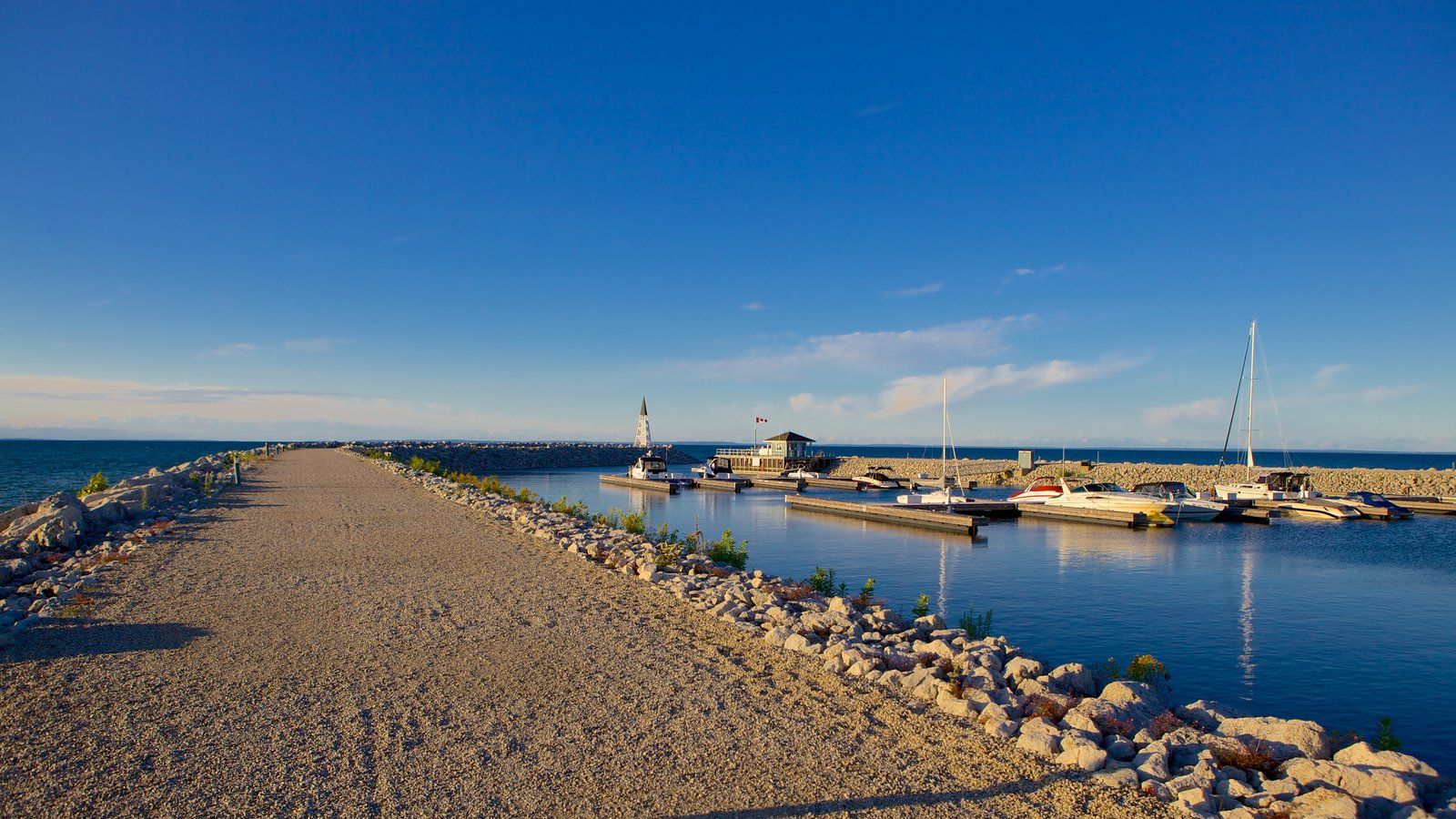 Collingwood que inclui uma baía ou porto