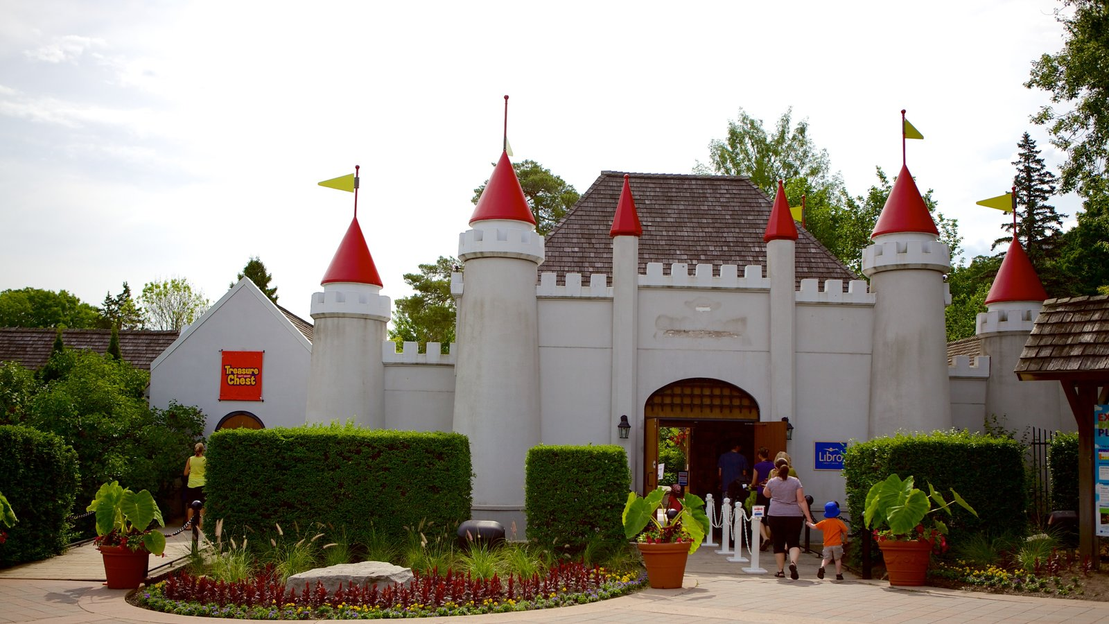 Storybook Gardens which includes chateau or palace