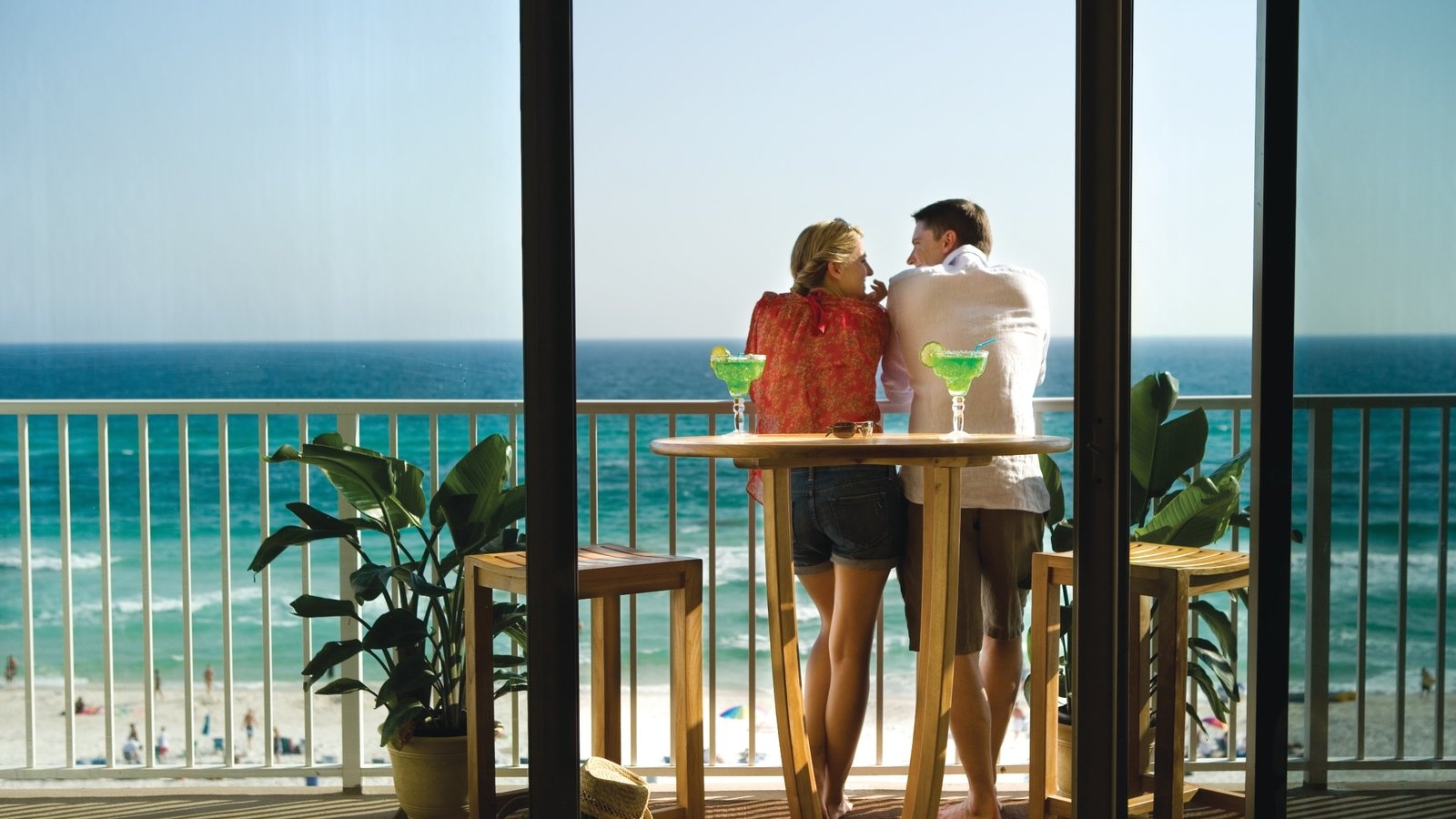 panama city beach latin singles The bustling resort town of panama city beach beckons vacationers with its 27 miles of sparkling sandy beaches, kid-friendly activities, and some of the best sport fishing in florida.