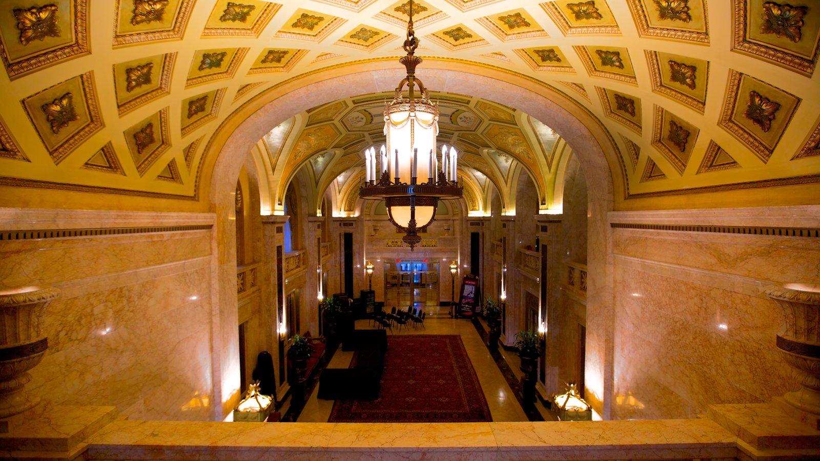 Hershey Theater mostrando vistas internas, cenas de teatro e arquitetura de patrimônio