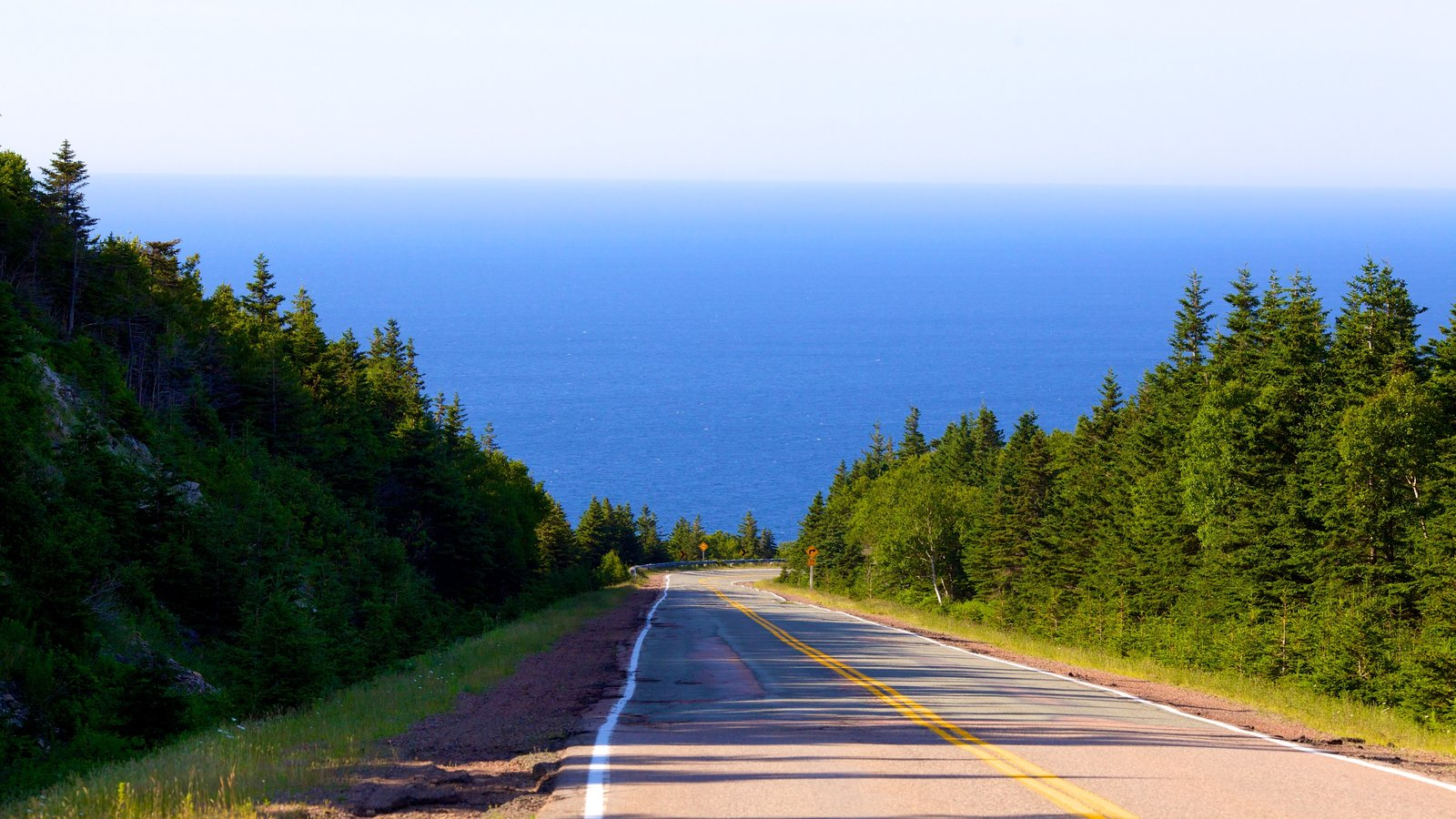 Cape Breton Highlands National Park caracterizando paisagens litorâneas