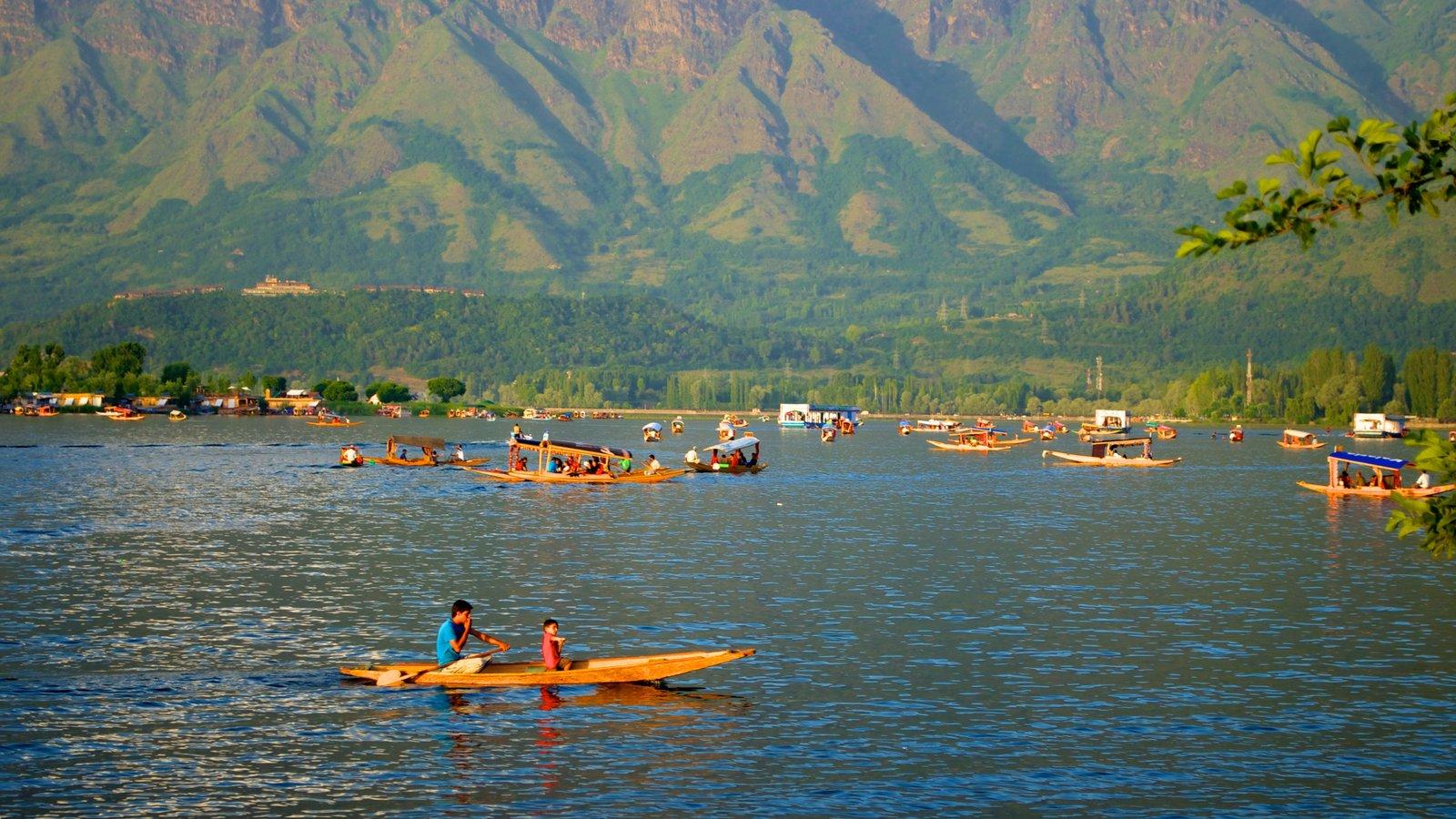 Srinagar featuring kayaking or canoeing and a lake or waterhole