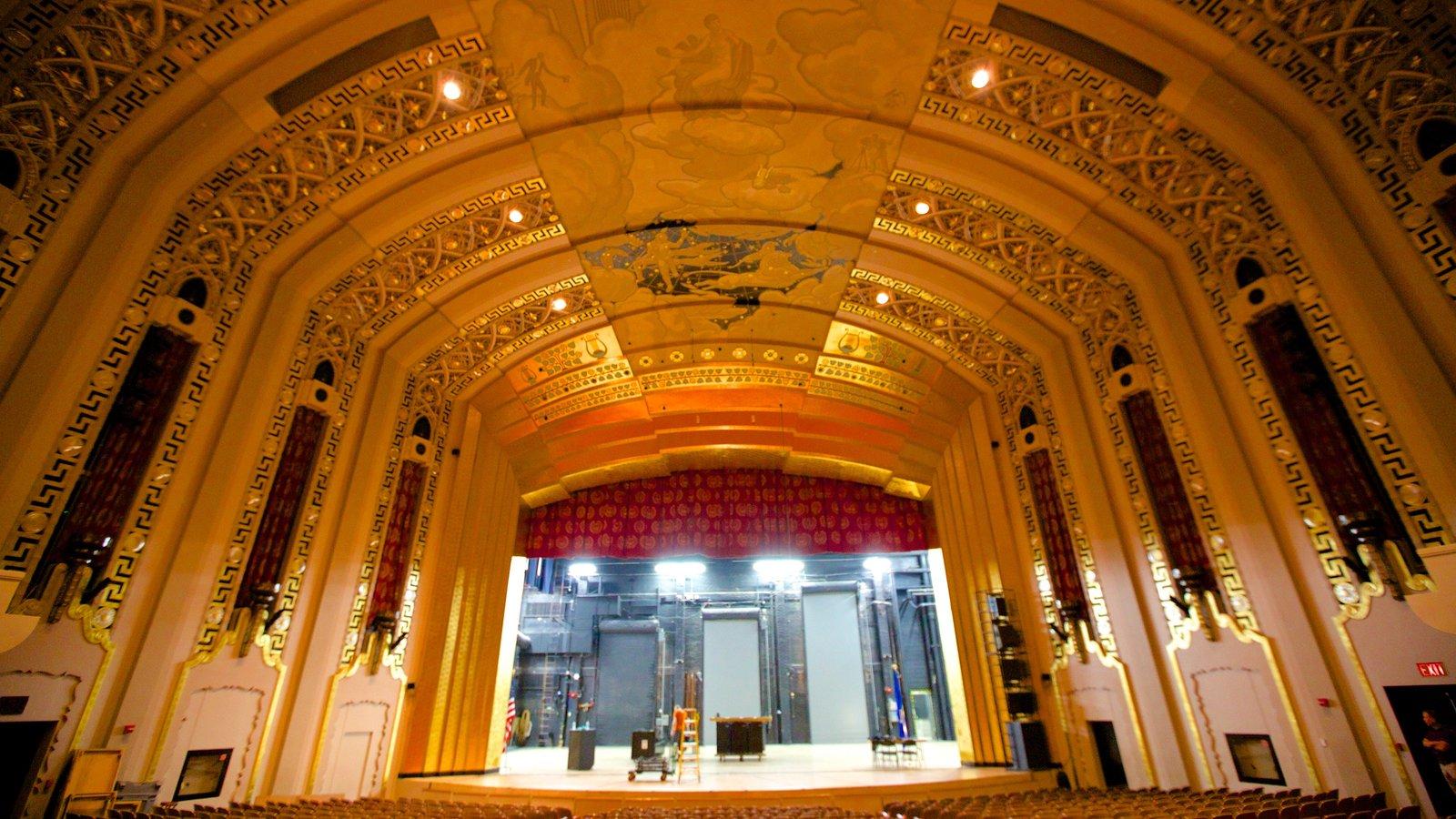 Bushnell Center for the Performing Arts mostrando escenas de teatro y vistas interiores