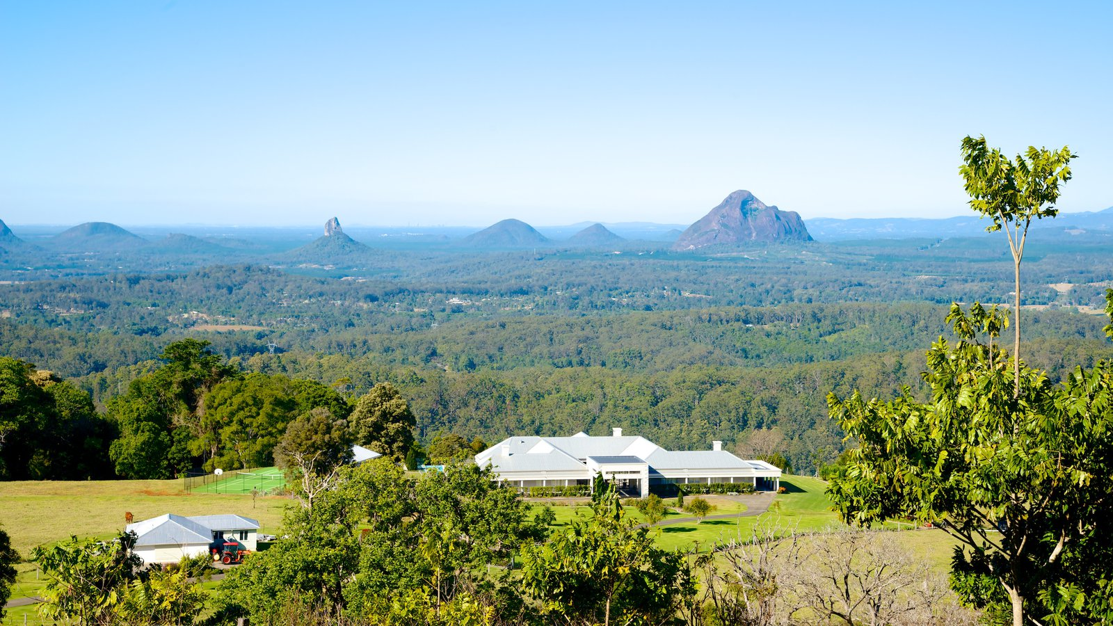 Landscape pictures view images of sunshine coast for Landscaping rocks sunshine coast