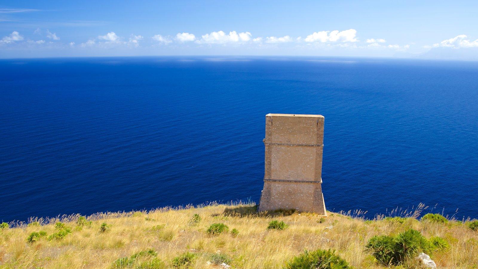 Praia do Zingaro que inclui paisagens litorâneas e paisagem