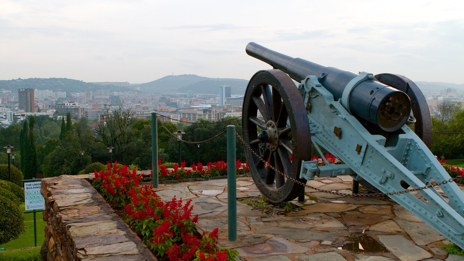 Union Buildings featuring military items, heritage elements and flowers