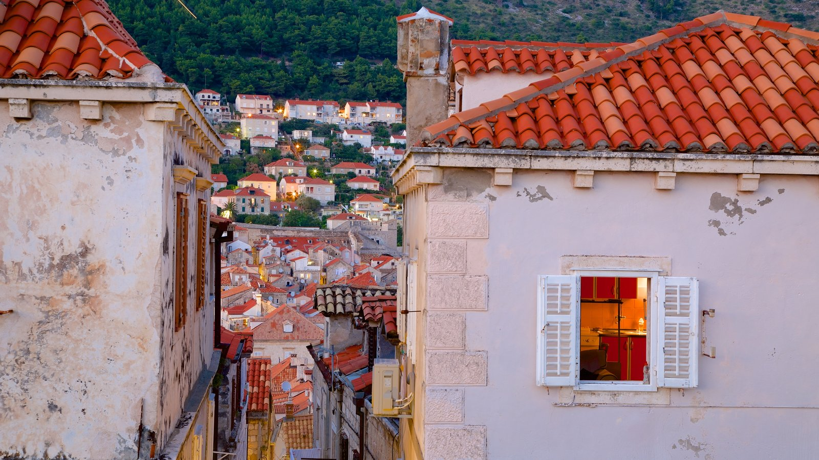 Dubrovnik Old Town showing a city