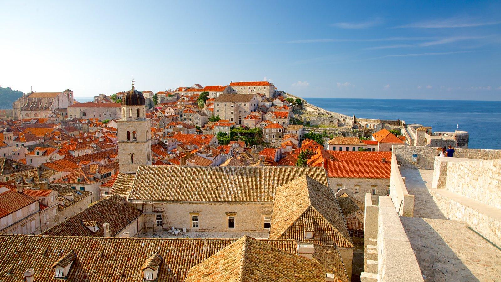 Croatia showing a coastal town and general coastal views