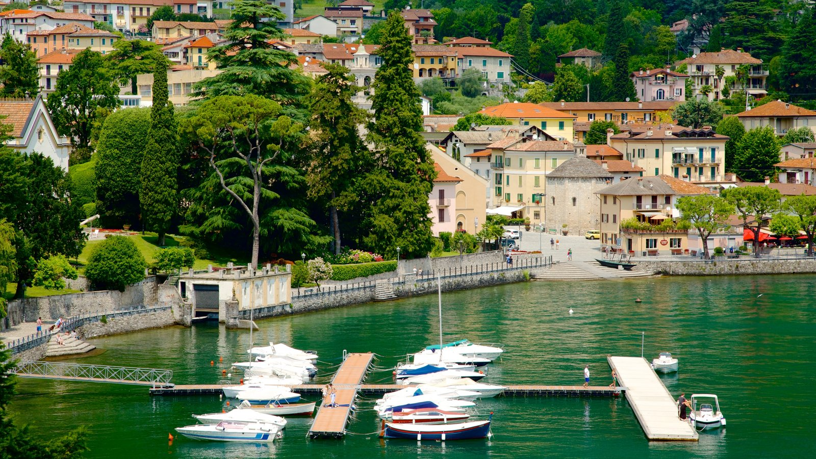 Como which includes a marina, boating and a bay or harbor