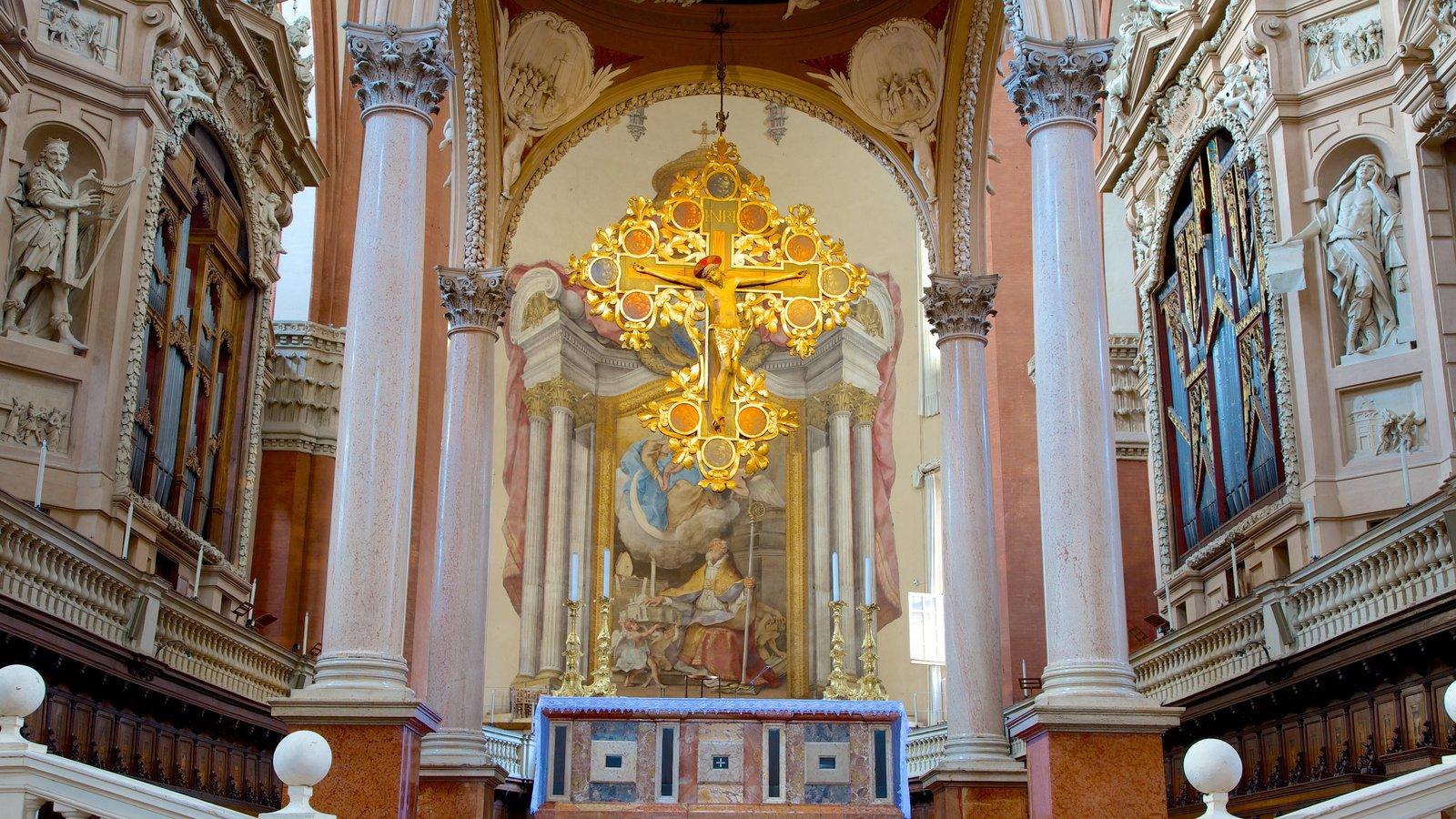 Basilica S. Petronio que inclui aspectos religiosos, uma igreja ou catedral e elementos de patrimônio