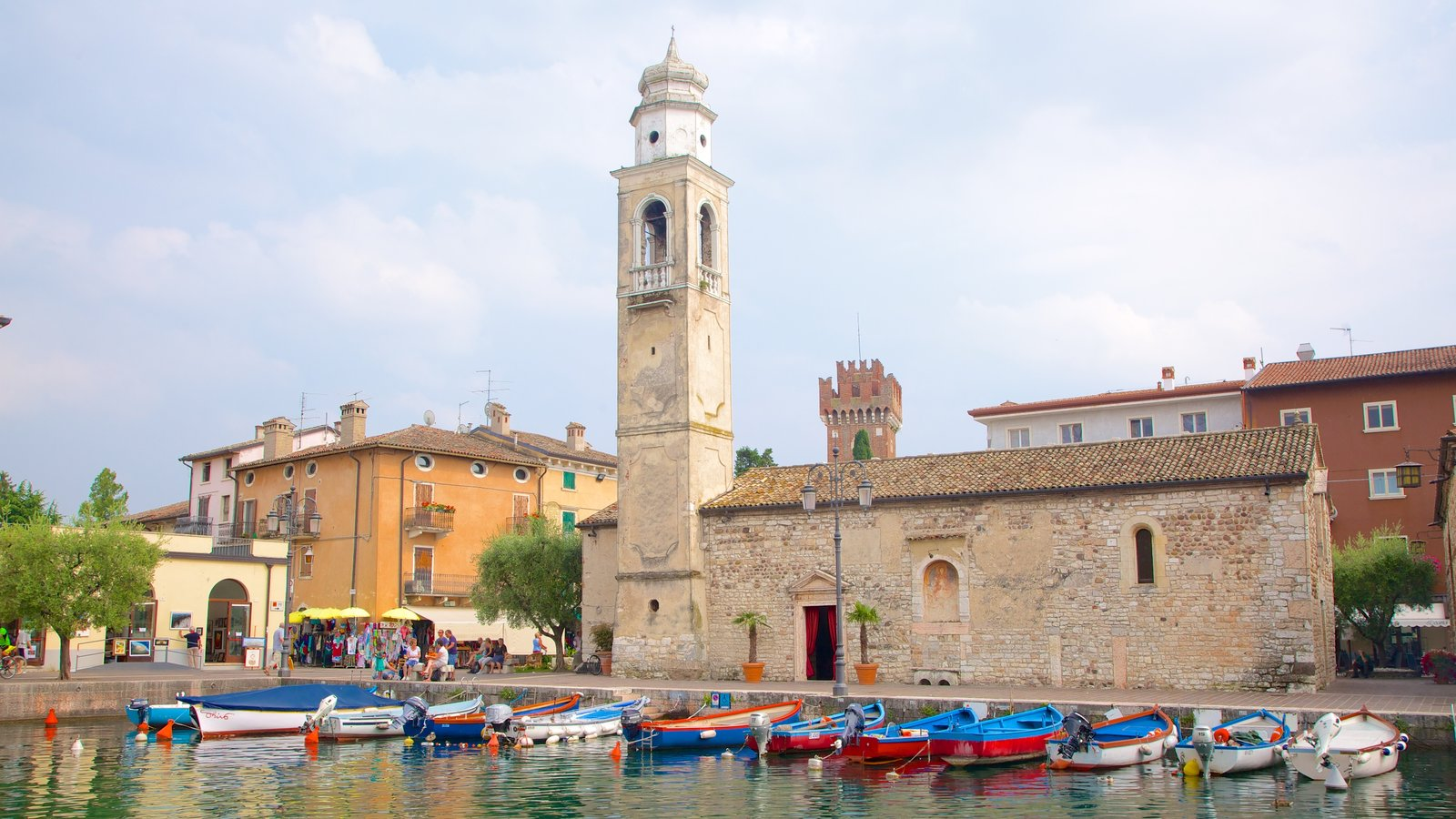Lazise which includes a city and a bay or harbor