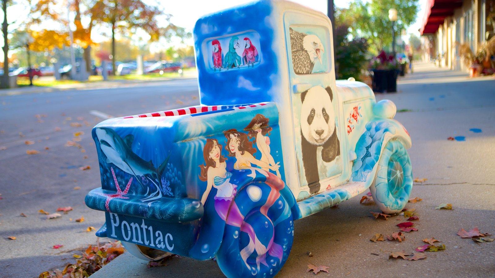 Pontiac caracterizando arte ao ar livre