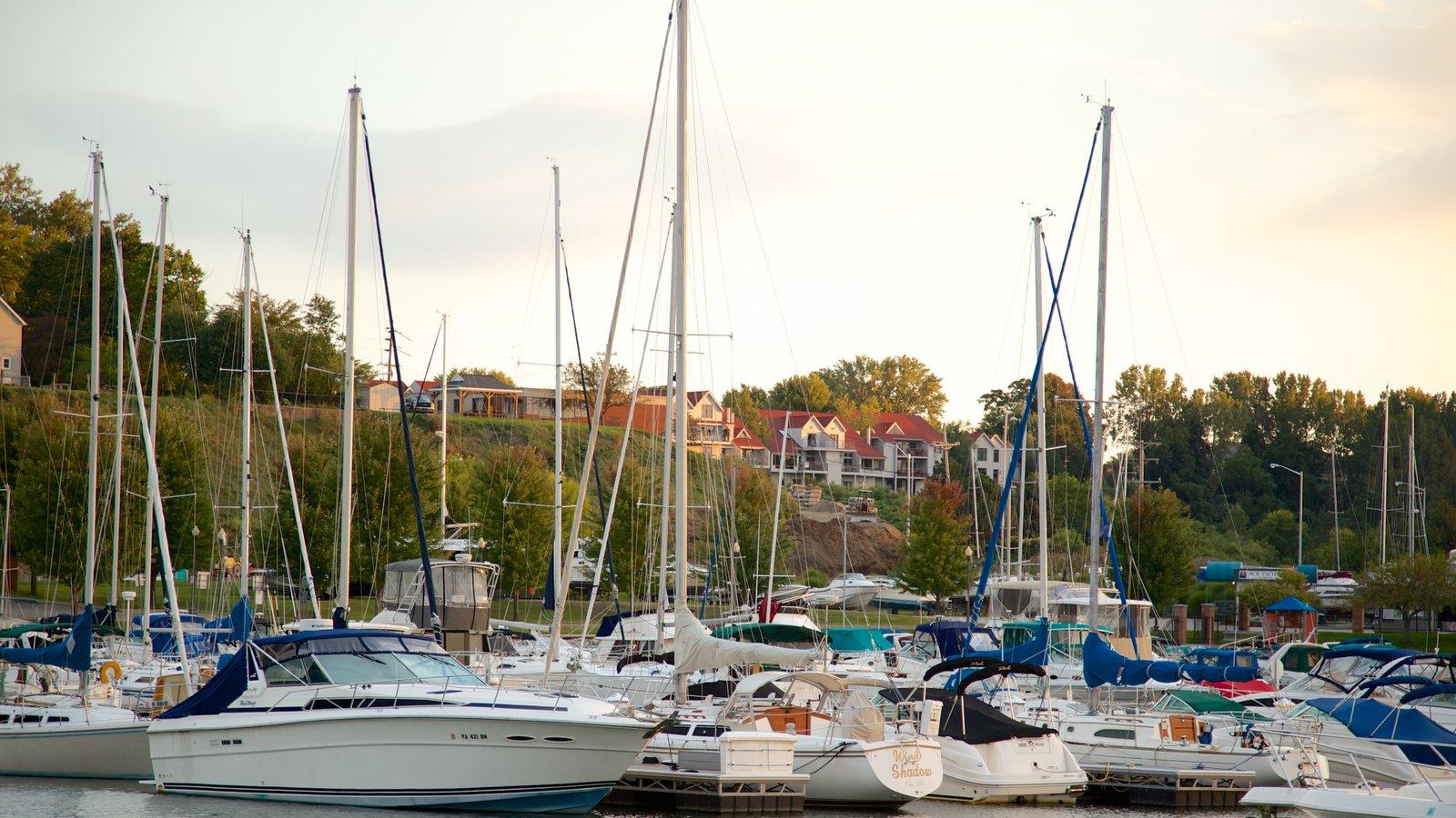 Erie caracterizando vela e uma baía ou porto