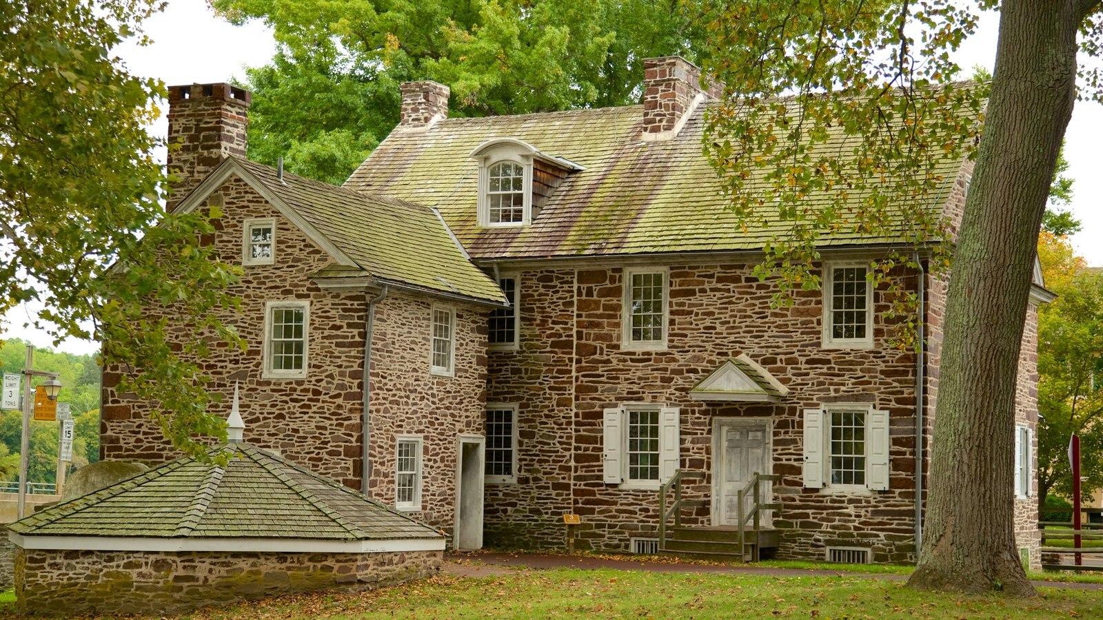 Washington Crossing que incluye una casa y patrimonio de arquitectura