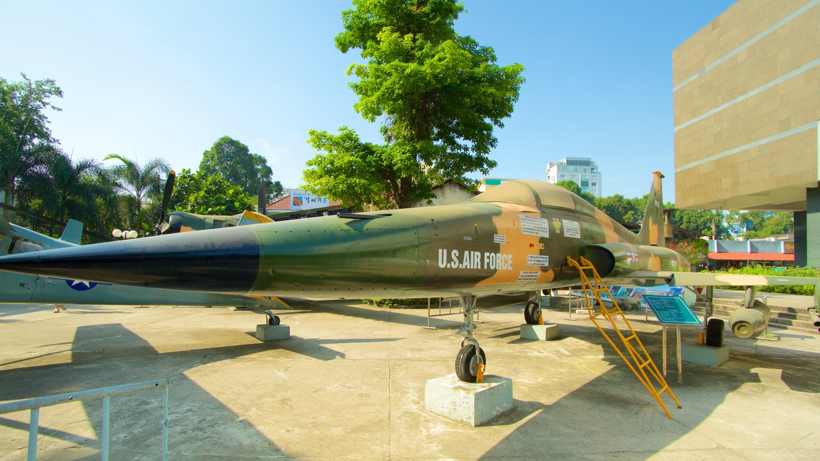 War Remnants Museum featuring aircraft and military items