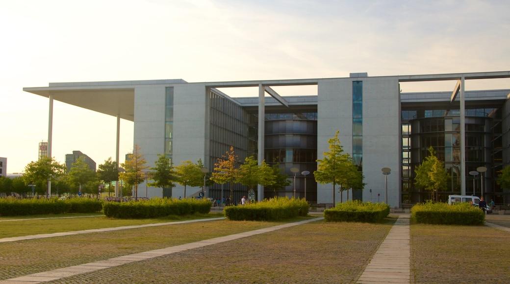 Cancillería alemana mostrando arquitectura moderna