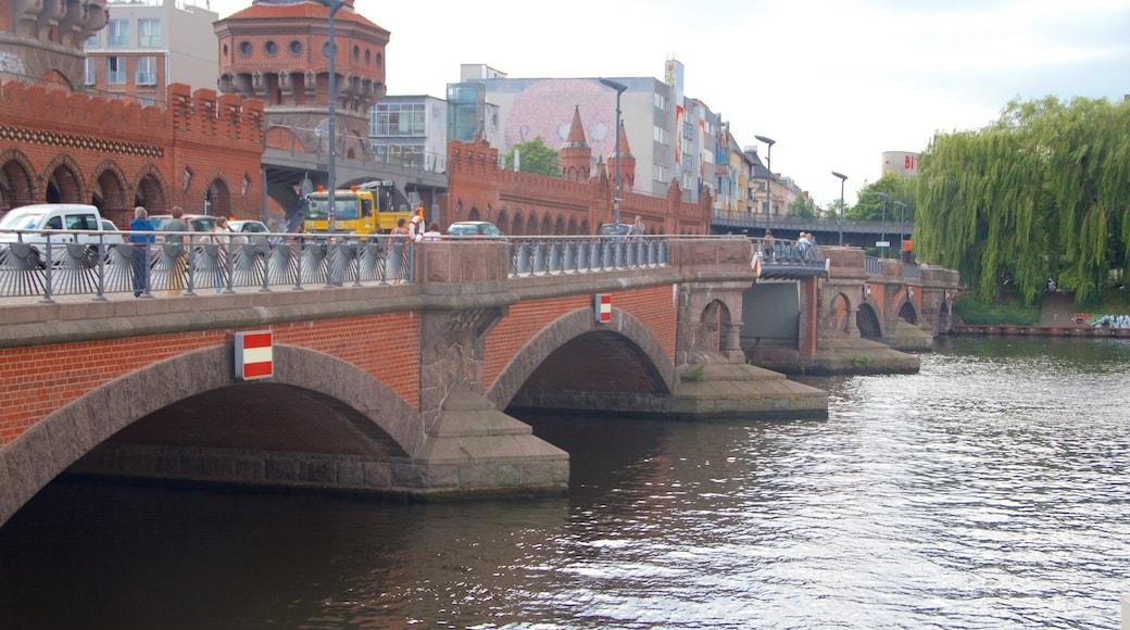 Puente Oberbaum mostrando un puente