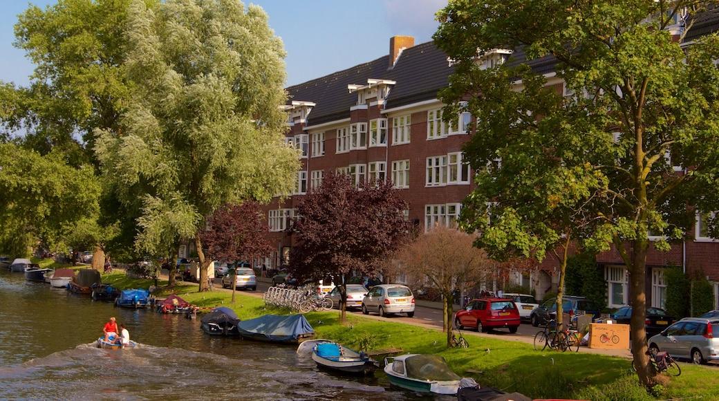 Amsterdam sørøst som inkluderer båter og elv eller bekk