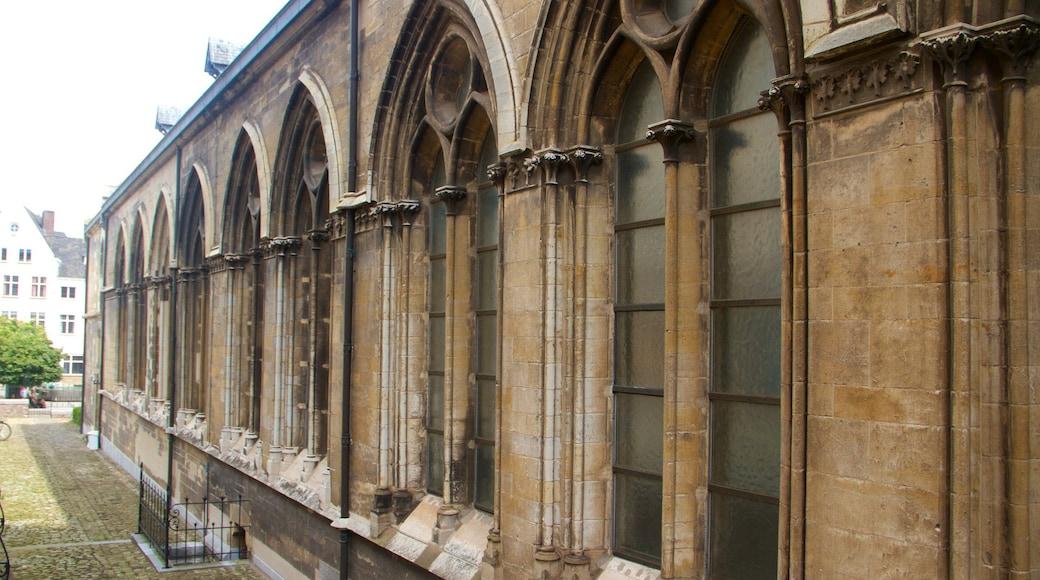 St. Janskerk welches beinhaltet historische Architektur