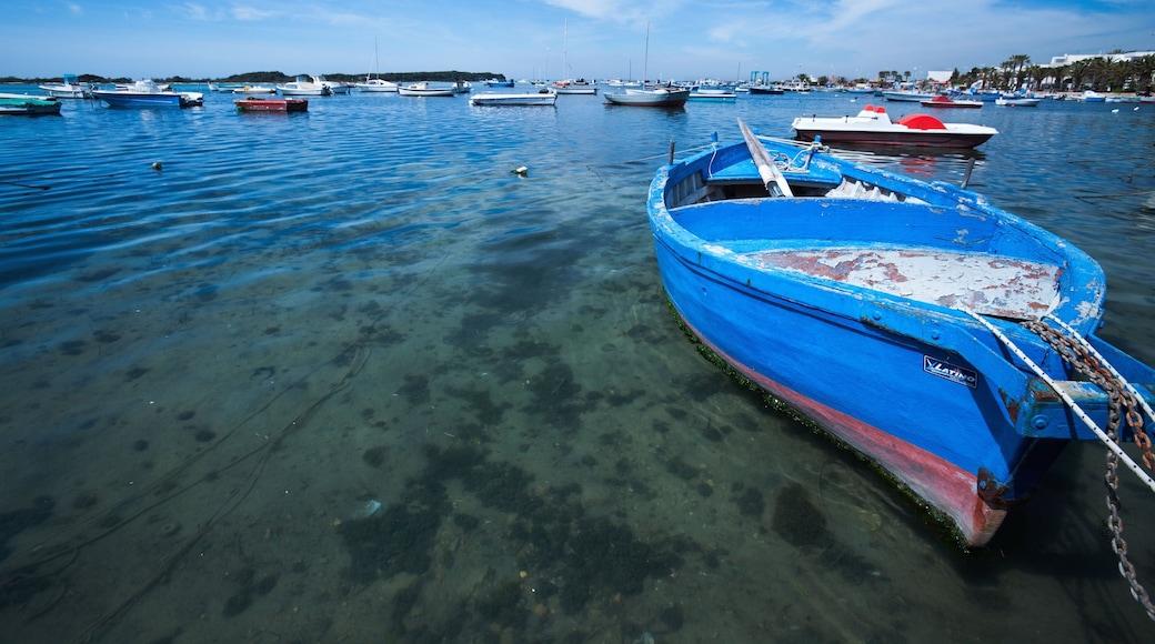 Porto Cesareo caratteristiche di baia e porto e giro in barca