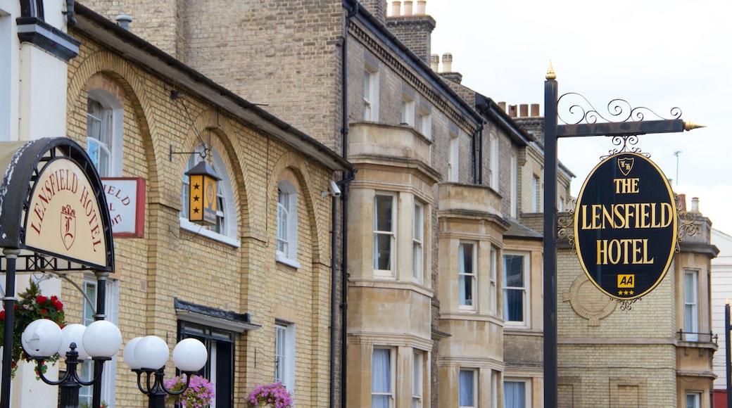 Cambridgeshire showing heritage architecture and signage