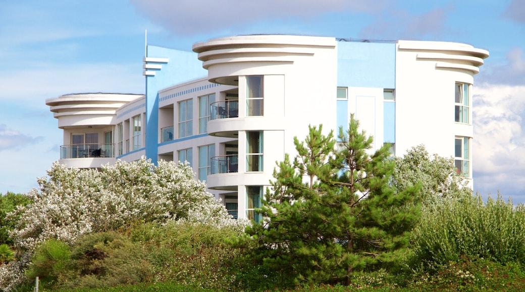 Minehead featuring modern architecture