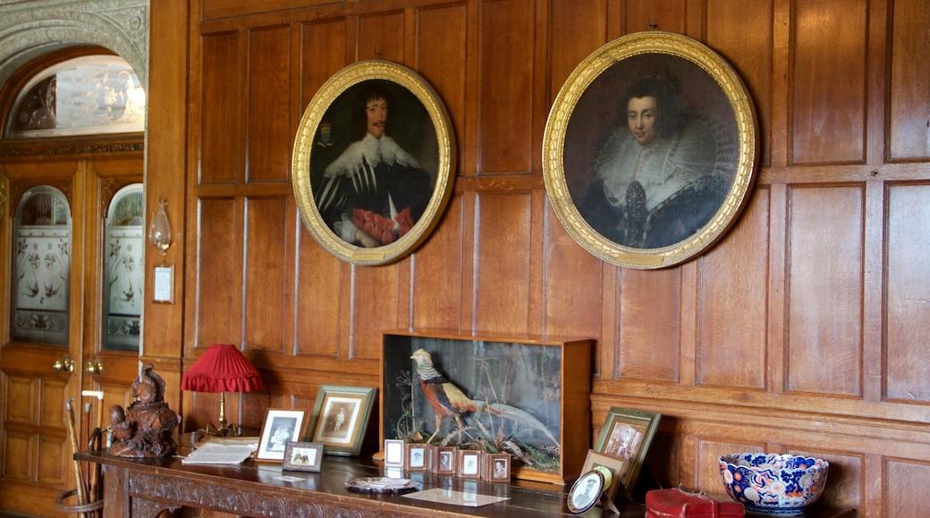 Lanhydrock qui includes patrimoine historique et vues intérieures