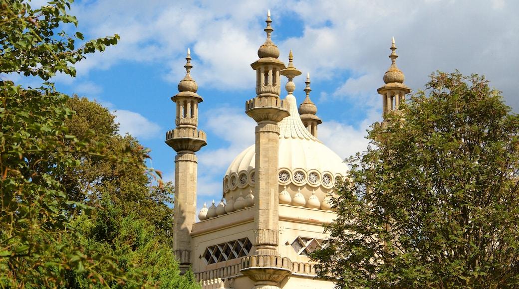 Brighton Royal Pavilion welches beinhaltet historische Architektur und Geschichtliches