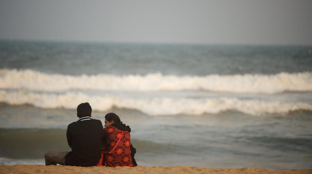 Bãi biển Elliot\'s có tính năng bãi biển cát cũng như cặp đôi