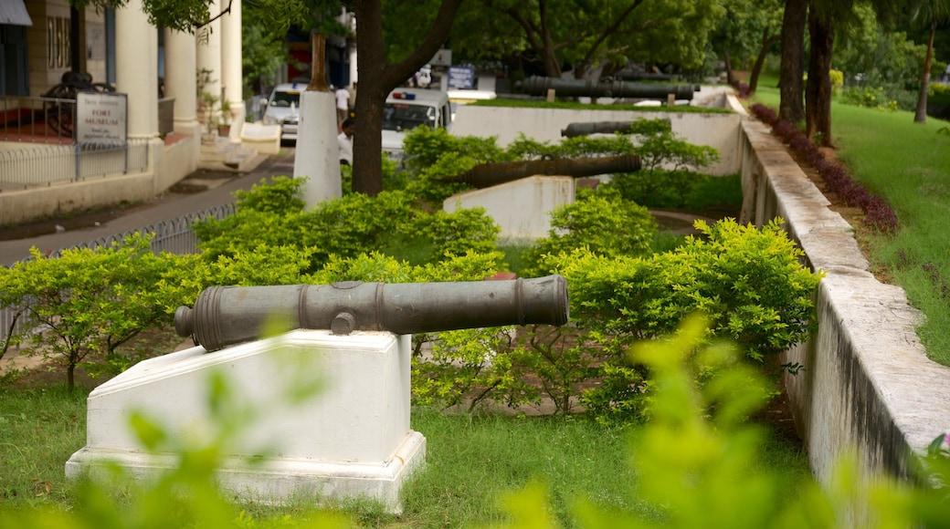 Pháo đài St. George cho thấy quân sự và di sản
